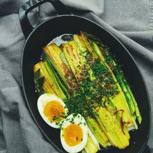 butter braised leeks and asparagus